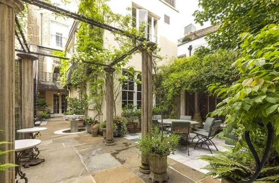 Wealthy Wilton – 4 Wilton Crescent, Belgravia, London, SW1X 8RN, United Kingdom – Six-storey Belgravia residence goes on sale for 22% less than it was marketed for in 2015 and 3,497% more than it sold for in 1997 – For sale for £25 million ($32.8 million, €27.9 million or درهم120.5 million) through Knight Frank.