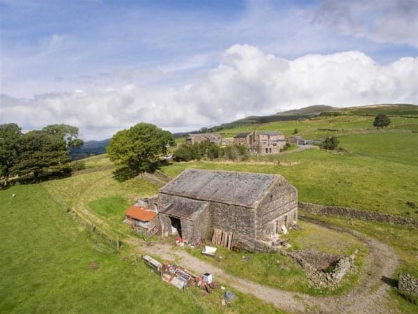 On higher ground – High Fellside Hall, Middleton, Carnforth, Lancashire, LA6 2NF - £1,700,000 – Savills Smiths Gore