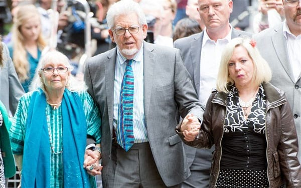 A bind for Bindi - Matthew Steeples details his experiences with the trolls supporting Rolf Harris as his daughter, Bindi Nicholls, strangely contradicts herself on the Internet in a rant in support of this convicted paedophile