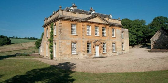 One of Britain's most stunning repossessions: Broadwell Manor, Broadwell, Gloucestershire, GL56 0YD