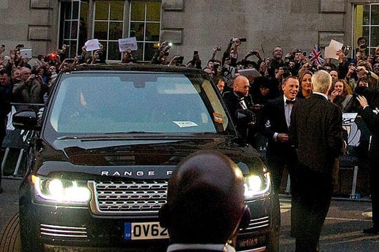 """Daniel Craig arrived by Range Rover for the premiere of """"Skyfall"""" last year"""