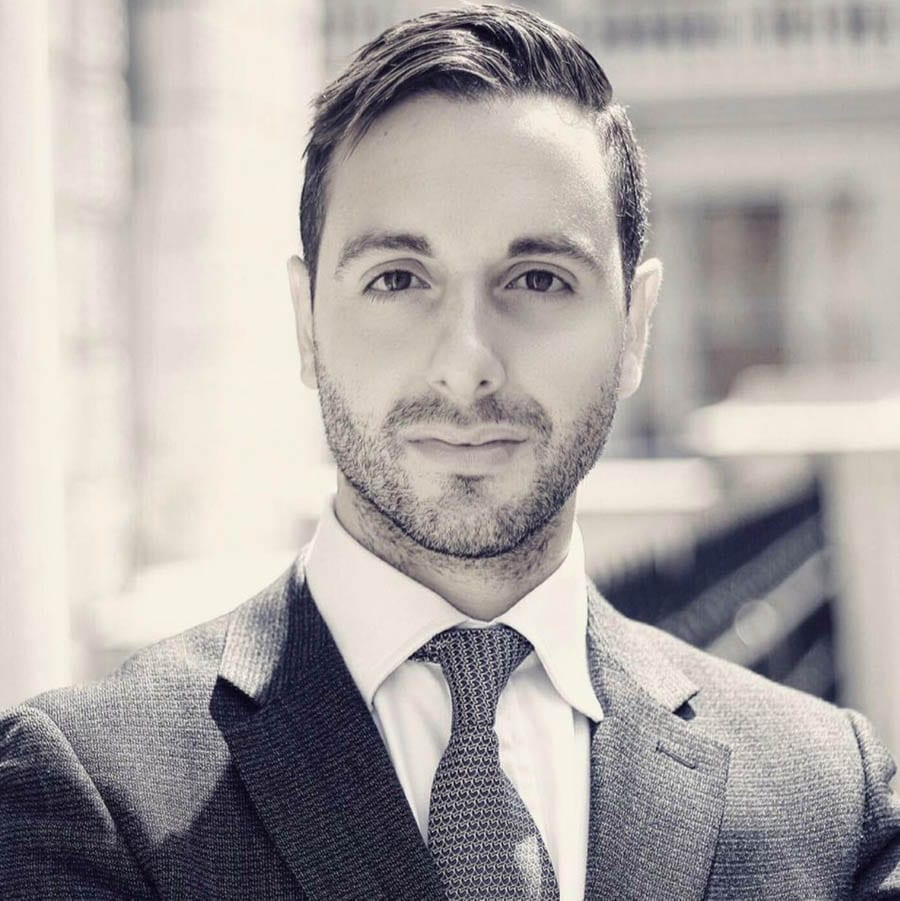 Real estate investor Davide Giardino – What's on your mantelpiece? A 20-question interview with Beverly Hills and Greater LA based economist turned real estate investor Davide Giardino.