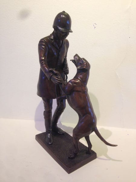 A favourite with thieves – Favourite Hound by Juliet Cursham