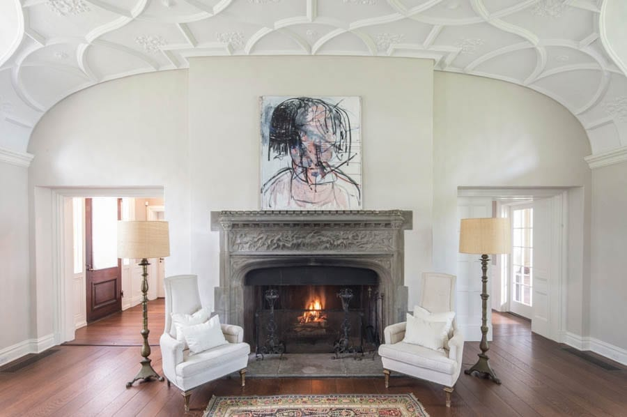 Big Shorting Gatsby – The Rumsey-Harriman Estate, 235 Middle Neck Road, North Shore, Long Island, Sands Point, NY 10050 – For sale for £13.1 million ($16.88 million, €14.2 million or درهم62 million) through Compass and Daniel Gale Sotheby's International Realty – Owned by James and Chiara Mai of Cornwall Capital and said to be inspiration for Egg Point in F. Scott Fitzgerald's The Great Gatsby.