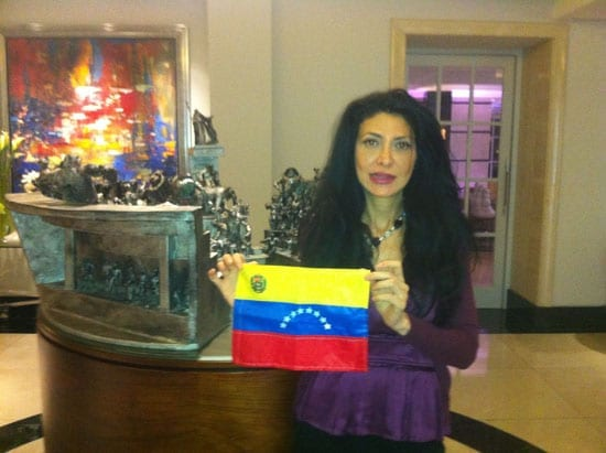 Flor Kent displays the flag of Venezuela