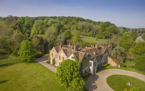 An Eclectic Manor – Harpsden Court, Harpsden, Henley-on-Thames, Oxfordshire, RG9 4AX – For sale through Savills for £10 million ($12.7 million or €11.9 million or درهم46.7‎‎ million) – Film location for The Great Fire, A Harlot's Progress, The Invisible Woman, Jude, The Manhood of Edward Robinson, Miss Marple, Midsomer Murders, Molly Moon, Parade's End, Quantum of Solace and The Woman in Black – Laurie and Barbara Gerrard
