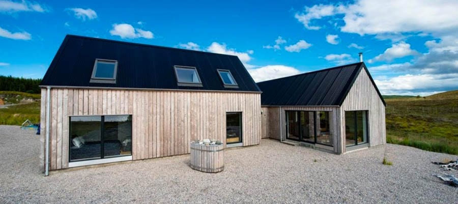 A Highland Dream – £650,000 for off grid Scottish Highland hideaway – £650,000 for off grid Scottish Highland hideaway – 'Off grid' Scottish hideaway 168 acre estate for sale for £650,000 through Bell Ingram just as it is revealed nowhere in UK is more than 6 miles from a road – Harris Highland Dream, Lairg, Highland, Scotland, United Kingdom, IV27 4NY