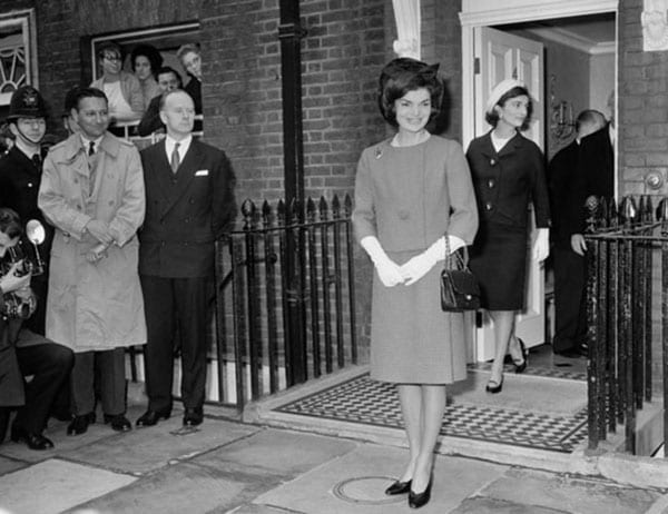 A title and a Kennedy – 4 Buckingham Place, Westminster, London, SW1E 6HR – For sale: £9.45 million ($14.31 million, €12.95 million) - Lee Radziwill – Jacqueline Kennedy Onassis