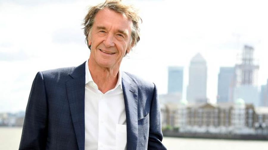 Heroes & Villains – The Best & The Worst People of 2019 – 'The Steeple Times' chooses the 25 best and worst people of the last year and the 25 who'll be missed and the 25 who won't. Winners: Lorraine Kelly, Larysa Switlyk, Clive Swift and Jeffrey Epstein.