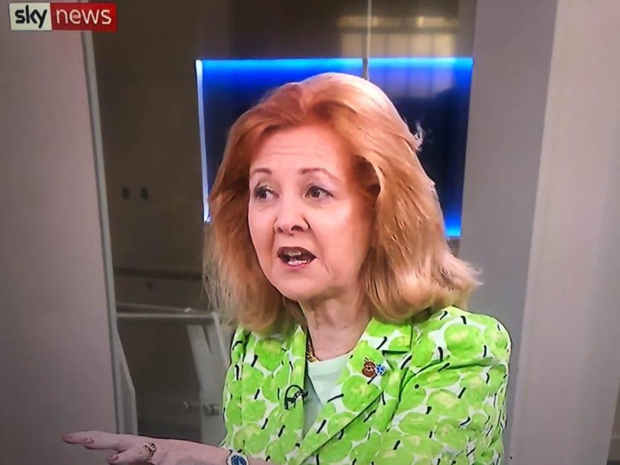 Denting Dent Coad – Shame on Emma Dent Coad MP – Emma Dent Coad MP shown as and exposed as a pro-Brexit charlatan; we urge readers in Kensington to back Lib Dems instead. Sam Gyimah and Lady Borwick, Victoria Borwick.