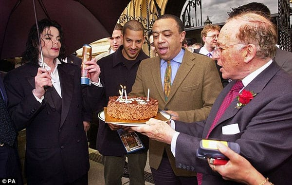 May justice be served – Lord Janner (right) with Michael Jackson, David Blaine and Paul Boateng MP in 2002