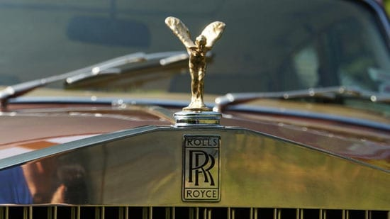 The Silver Shadow features a Spirit of Ecstasy mascot in gold