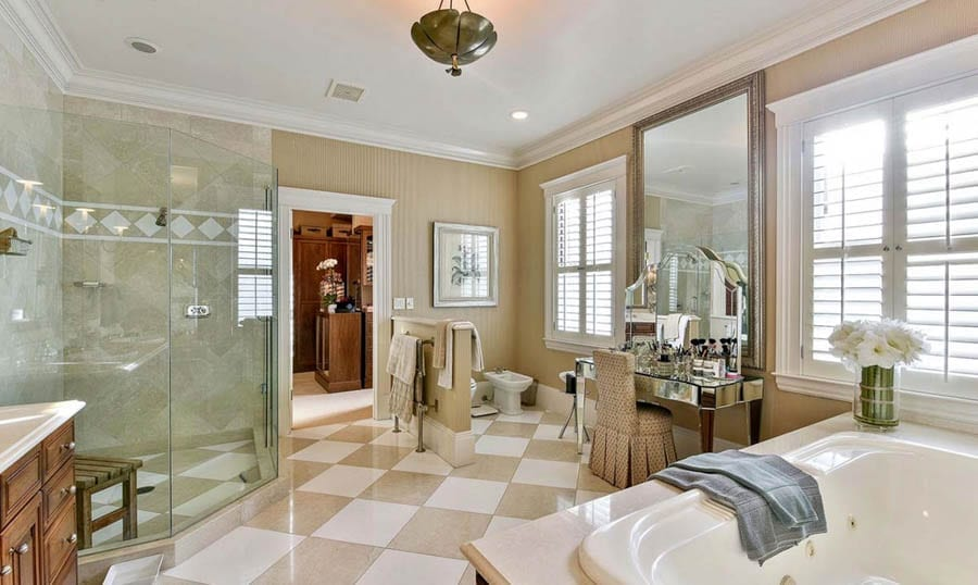 Staging the Dollars – 3444 Washington Street, Presidio Heights, San Francisco, California, CA 94118, United States of America – For sale for £14 million ($18 million, €16.5 million or درهم66.1 million) through Linda Mayne of Mayne & Company and owned by banker David A. Coulter and his social entrepreneur wife Susan Weeks Coulter.