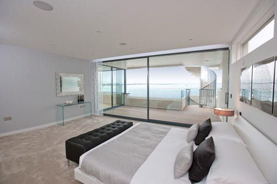 Calvin Klein waterfront residence - 4452 North Bay Road, Miami Beach, Florida, FL 33140, United States of America