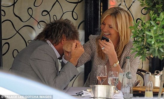 Rod Stewart and Penny Lancaster at the very same table