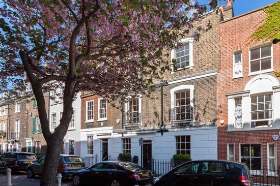 Russell Simpson are currently marketing 18 Upper Cheyne Row for £9.25 million