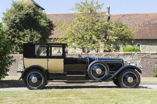 The Phantom of Love – Rolls-Royce Phantom I to be auctioned by Bonhams on 4th December 2016 with an estimate of £500,000 to £700,000 ($612,000 to $856 or €562,000 to €787,000 – Claude Gasque and Maude Gasque – Versailles