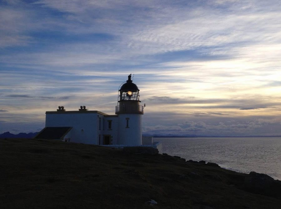 Let There Be Light – Two apartments and a bothy at Stoer Lighthouse, Raffin, Lairg, Highland, Sutherland, IV27 4JH, Scotland, United Kingdom for sale through Bell Ingram for £371,500 ($478,000, €407,000 or درهم1.8 million) for the whole