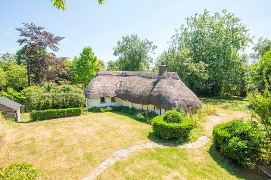 A Hovel House – Not so miserable looking house named 'The Hovel' on the quaintly named 'Duck Lane' for sale for virtually the same price as in 2005 – £400,000 for The Hovel, Duck Lane, Ludgershall, Aylesbury, Buckinghamshire, HP18 9XZ through agents Michael Graham in November 2019.