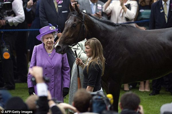 The Queen with Estimate
