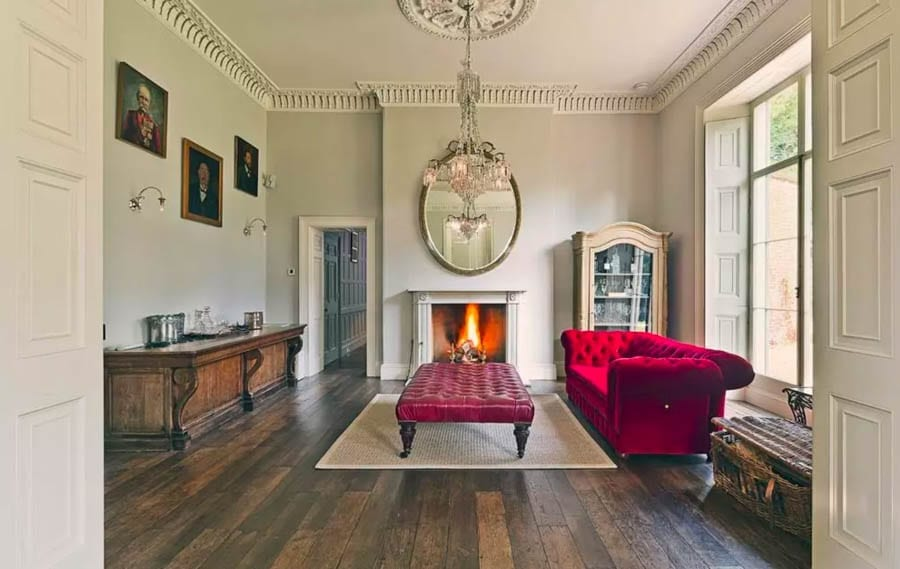 A Regency Rock – £20k per month for The Stone, Pheasant Hill, Chalfont St. Giles, Buckinghamshire, HP8 4SA, United Kingdom – 'Georgian Regency' country house to rent for £20,000 per month in a Buckinghamshire village voted 'the best in England' through agents Knight Frank.