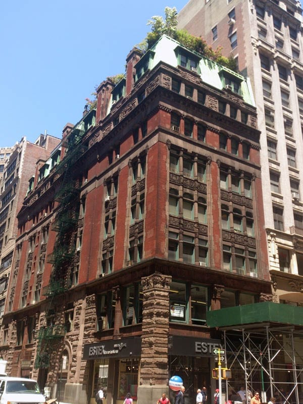 """A Bachelor's Base – Studio for rent within former """"bachelor apartment hotel"""" in NoMad, New York – The Wilbraham, NoMad, Manhattan, New York, NY 10001 – Eduard Zaytsev of Camelot Realty Group – £2,100 ($2,700 or €2,500 or درهم9,900) per month"""
