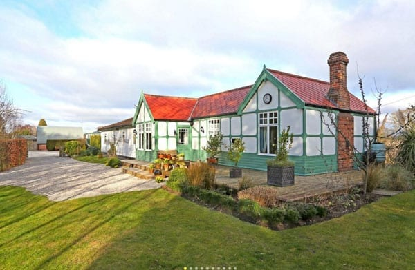 Tickets please – Skipwith Station, North Duffield, Selby, North Yorkshire, Y08 5DE, United Kingdom – £795,000 – For sale with Savills