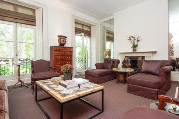 The house includes a traditionally furnished first floor drawing room
