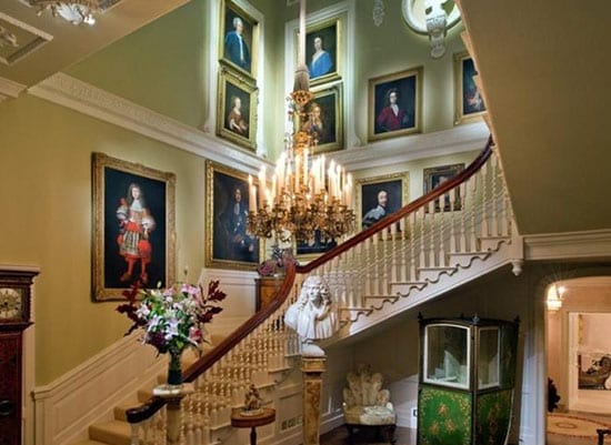 The impressive reception hall dates from the 1700s