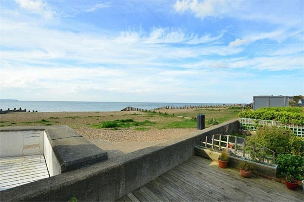 A beachside bargain – Island Wall, Whitstable, Kent – Weatherboarded beachside cottage for sale with Miles & Barr for just £695,000