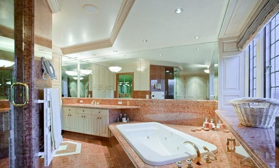 "This bathroom wouldn't look out of place in ""Dallas"" or ""Dynasty"""