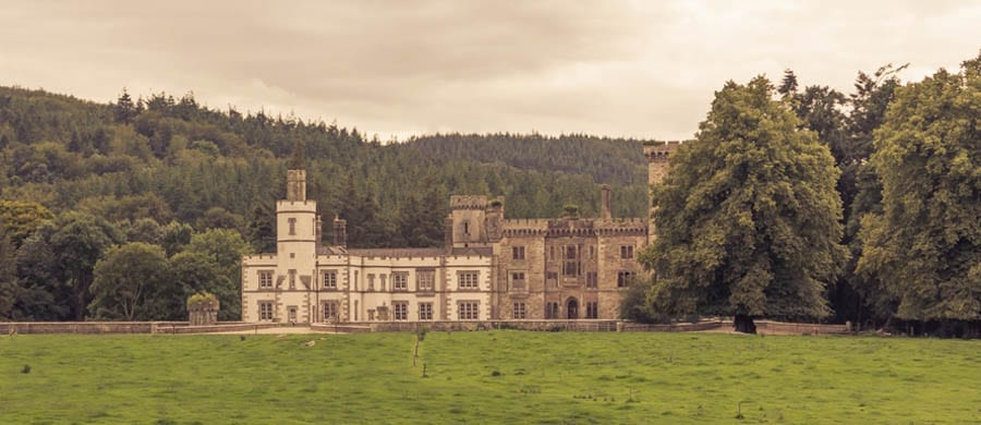 I Capture the Castle – Wilton Castle-on-the-Wye, Wilton, Ross-on-Wye, Herefordshire, HR9 6AD, United Kingdom – For sale for £1.495 million ($1.94 million, €1.77 million or درهم7.12 million) through Jackson-Stops & Staff.