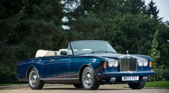 1984 Rolls-Royce Corniche convertible – Originally owned by the late Emir of Qatar, Sheikh Hamad bin Khalifa Al Thani (1995 – 2013) – Estimate of £100,000 to £120,000 ($124,000 to $149,000, €112,000 to €135,000 or درهم‎‎,455,000 to درهم‎‎,546,000) – Silverstone Auctions NEC Classic Motor Show Sale in Birmingham on 12th and 13th November 2016