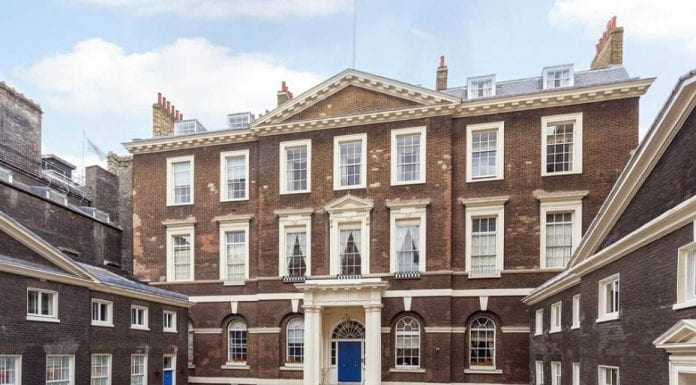 All Set – Albany Courtyard, Albany, Off Piccadilly, London, W1J 0HF – Set for sale for £1.35 million ($1.66 million or €1.59 million or درهم6.09 million) through Strutt & Parker