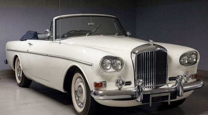 A Babycham Bentley – 1964 Bentley S3 Continental drophead coupé by Mulliner Park Ward – To be sold by RM Sotheby's at their Battersea, London sale on 6th September 2017 – Estimate of £110,000 to £140,000 ($142,000 to $180,000, €121,000 to €153,000 or درهم520,000 to درهم662,000) – Originally owned by brewing baron and member of the family behind Babycham Sir Keith Showering (1930 – 1982)