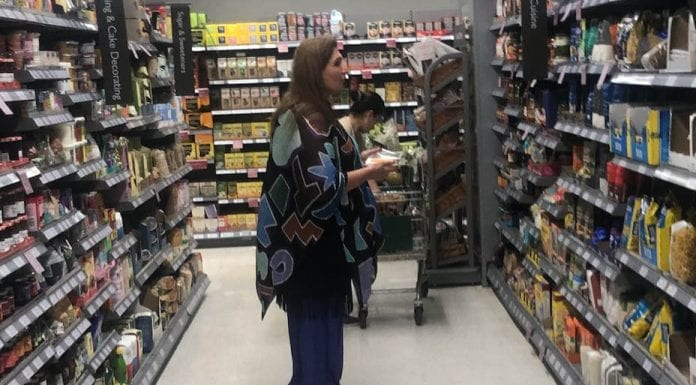 The Aisle Eater – Waitrose Belgravia invaded by aisle eating woman – Britain's most upmarket supermarket gets a visit from a woman who likes to help herself and eat in the aisles (in the presence of the racist bigot Baroness von Alvensleben even).