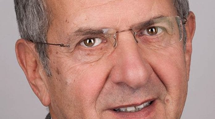 Gerald Ratner – What's on your mantelpiece?