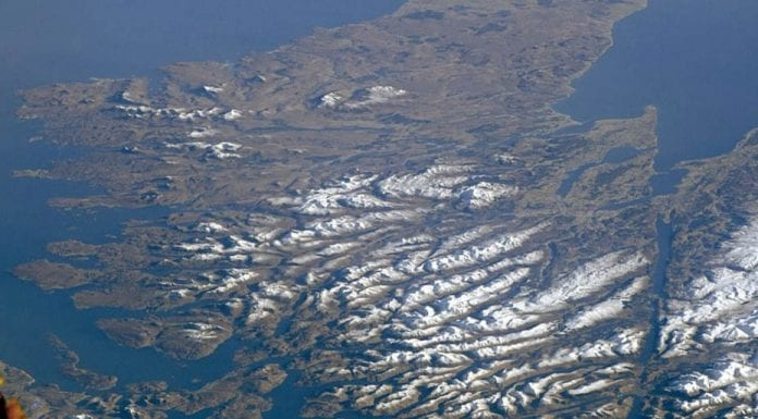 Picture of the Week – High Above The Highlands – Astronaut from the International Space Station captures a truly amazing cloud free photograph of the Scottish Highlands.