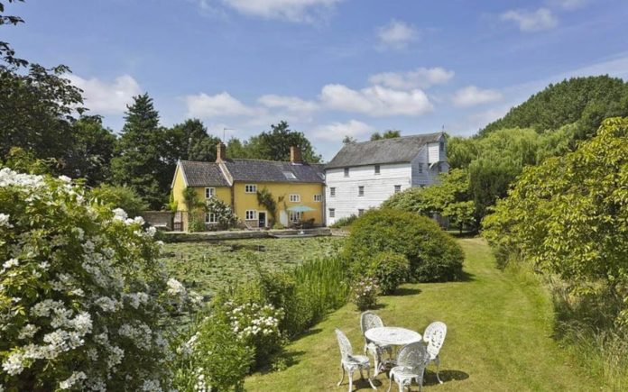 Witchfinders and Watermills – The Watermill, Thetford Road, Ixworth, Bury St. Edmunds, Suffolk, IP31 2JN – For sale for £1 million ($1.3 million, €1.2 million or درهم4.6 million) through Savills and used in The Witchfinder General and Dad's Army