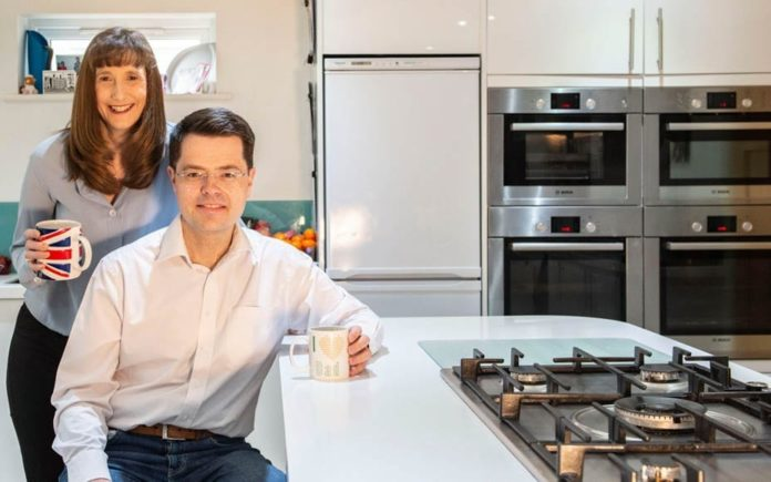 Moron of the Moment – James Brokenshire MP – Wannabe Conservative leader James Brokenshire makes a prat of himself by allowing his wife to bleat on about her four ovens.