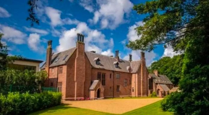 Pugin & Panic – £9,000 per month for Oswaldcroft, Woolton Road, Woolton, Childwall, Liverpool, L16 8NG, United Kingdom through Denton Clark Rentals – Pugin designed mansion with two panic rooms for rent in Liverpool; its décor leaves a lot to be desired but it does come with a beer pump.