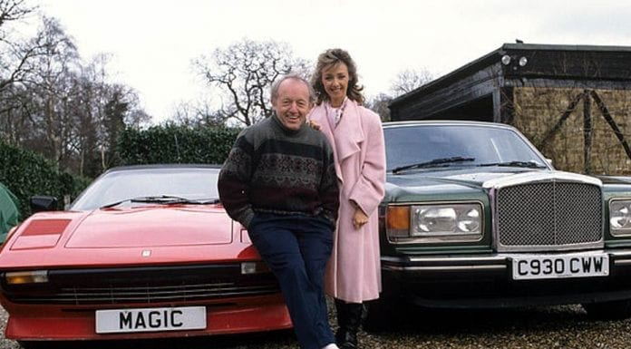 Magic & Merton – Debbie McGee, MAG1C and Mrs Merton – As Debbie McGee puts the number plate 'MAG1C' up for auction, we remind readers of her legendary appearance on the 'Mrs Merton Show'