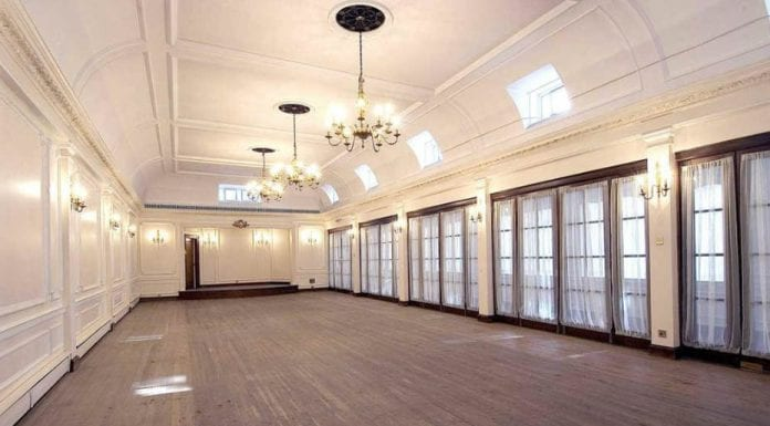 Strictly Come Mayfair – Flat 2, 17 Grosvenor Square, Mayfair, London, W1K 6LB – For sale for £3.75 million ($4.9 million, €4.2 million or درهم18.1 million) through Wetherell complete with access to a private ballroom