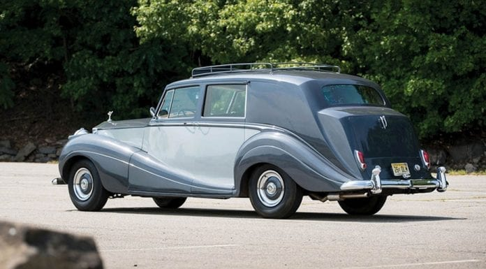 The Last Wraith – 1958 Rolls-Royce Silver Wraith limousine by H. J. Mulliner – RM Sotheby's Hershey sale, 6th to 7th October 2016 – £123,000 to £147,000 ($160,000 to $190,000 or €142,000 to €169,000)
