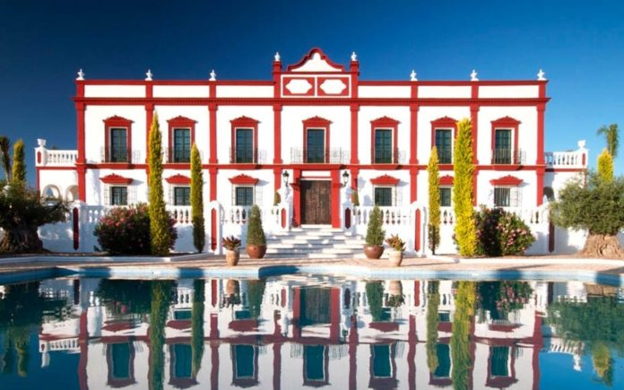 A Place In Andalucia – Spectacular hacienda The Palacio, San Rafael, Seville, Andalucia, Spain – For sale through Aylesford International for £3 million ($4.3 million, €3.5 million or درهم15.9 million)