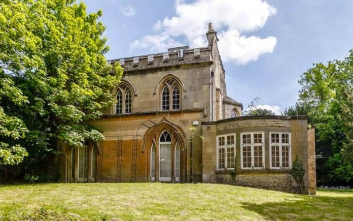 Gothic Grandeur – The Priory, Church Way, Iffley Village, Oxford, OX4 4EB – For sale for £2.15 million ($2.80 million, €2.43 million or درهم10.29 million) through Butler Sherborn