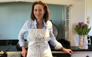 Ask Charlie – How to perfect a Sunday roast – New columnist Charlie Gray of 'Ask Charlie' shares her tips as to how to cook a perfect Sunday roast.