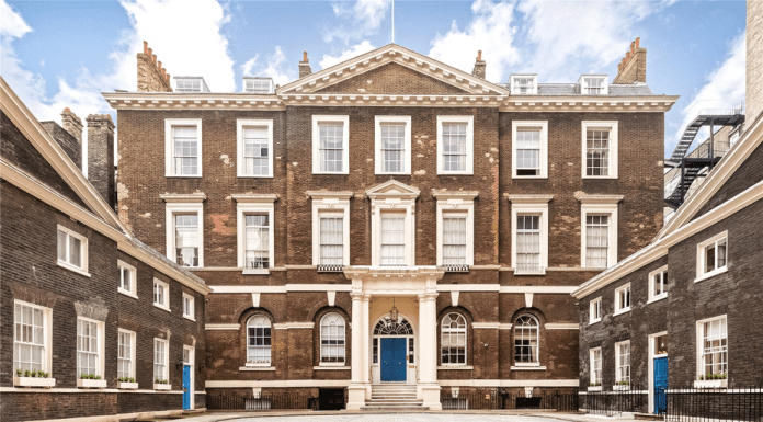 """A Set fit for a Peacock – £925,000 for Albany 'set' of Christopher Gibbs – Unmodernised 'set' in """"rule-ridden"""" Albany, Piccadilly that was the London home of eccentric antiques dealer and 'King of Chelsea' Christopher Gibbs for sale – £925,000 for L6 Albany, Albany Courtyard, Piccadilly, Mayfair, London, W1J 0AZ, United Kingdom through GreenHunt."""