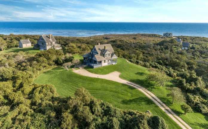 Slashed Seven Sisters – £10.4 million or $12.995 million for Andrews House, 153 Deforest Road, Montauk, New York, NY 11954, United States of America through Sotheby's International Realty, down from £14.8 million or $18.5 million in 2016 – Famous 'Seven Sisters' cottage in Montauk for sale for 30% less than in 2016; the 'Gilded Age cottage' was designed by Stanford White, an architect whose murder famously led to the 'Trial of the Century' from 1907 onwards.