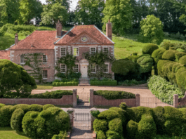 Moving On – June 2020 – Moves of the Noteworthy – A chronicle of the moves of the newsworthy – including homes owned by society snapper Sir Cecil Beaton, novelist Jackie Collins and film producer-director Peter Minns.